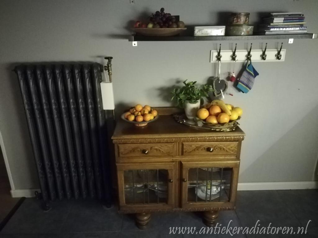 geplaatste gietijzeren radiator 112 a