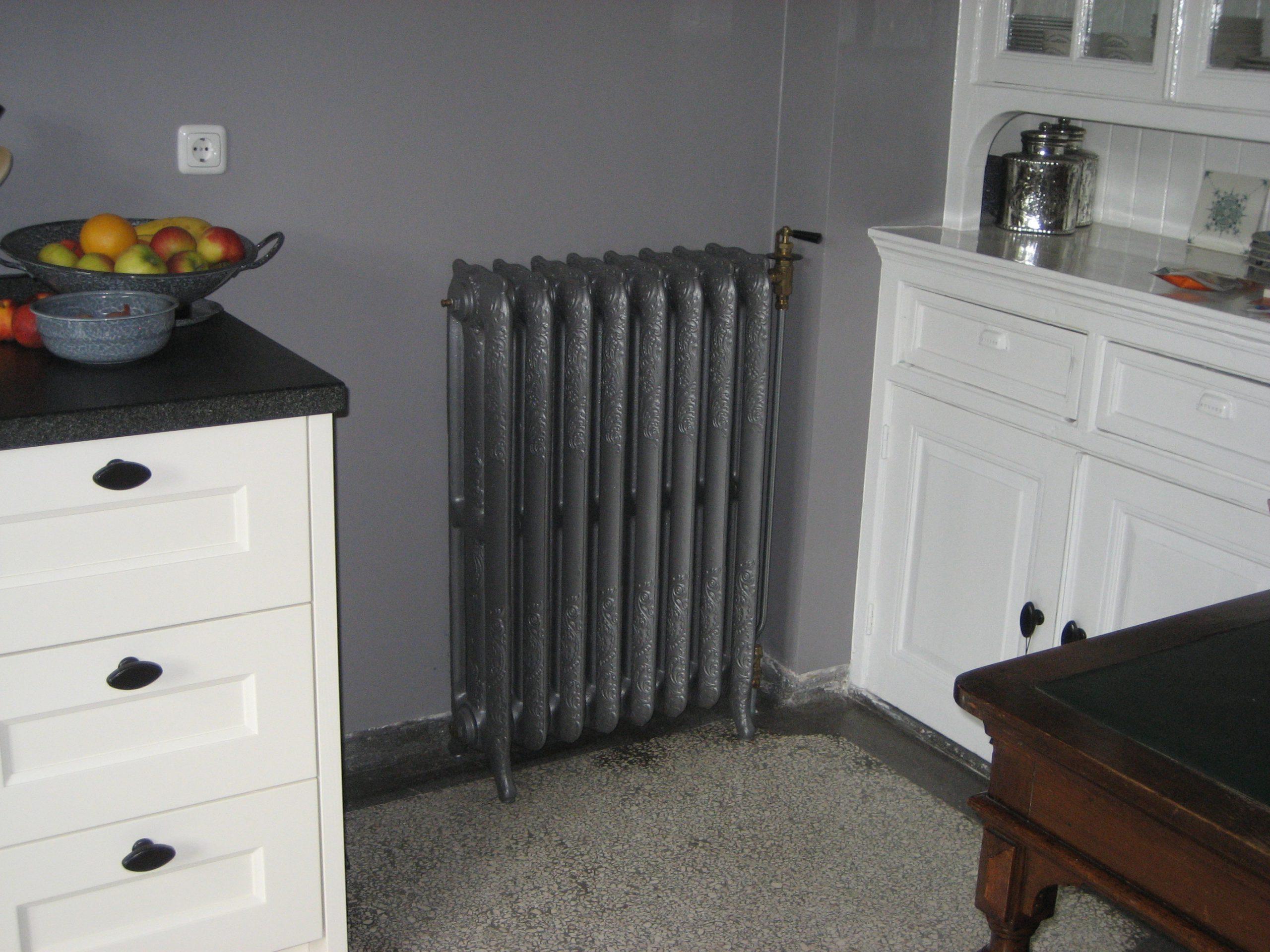 geplaatste gietijzeren radiator 3 a
