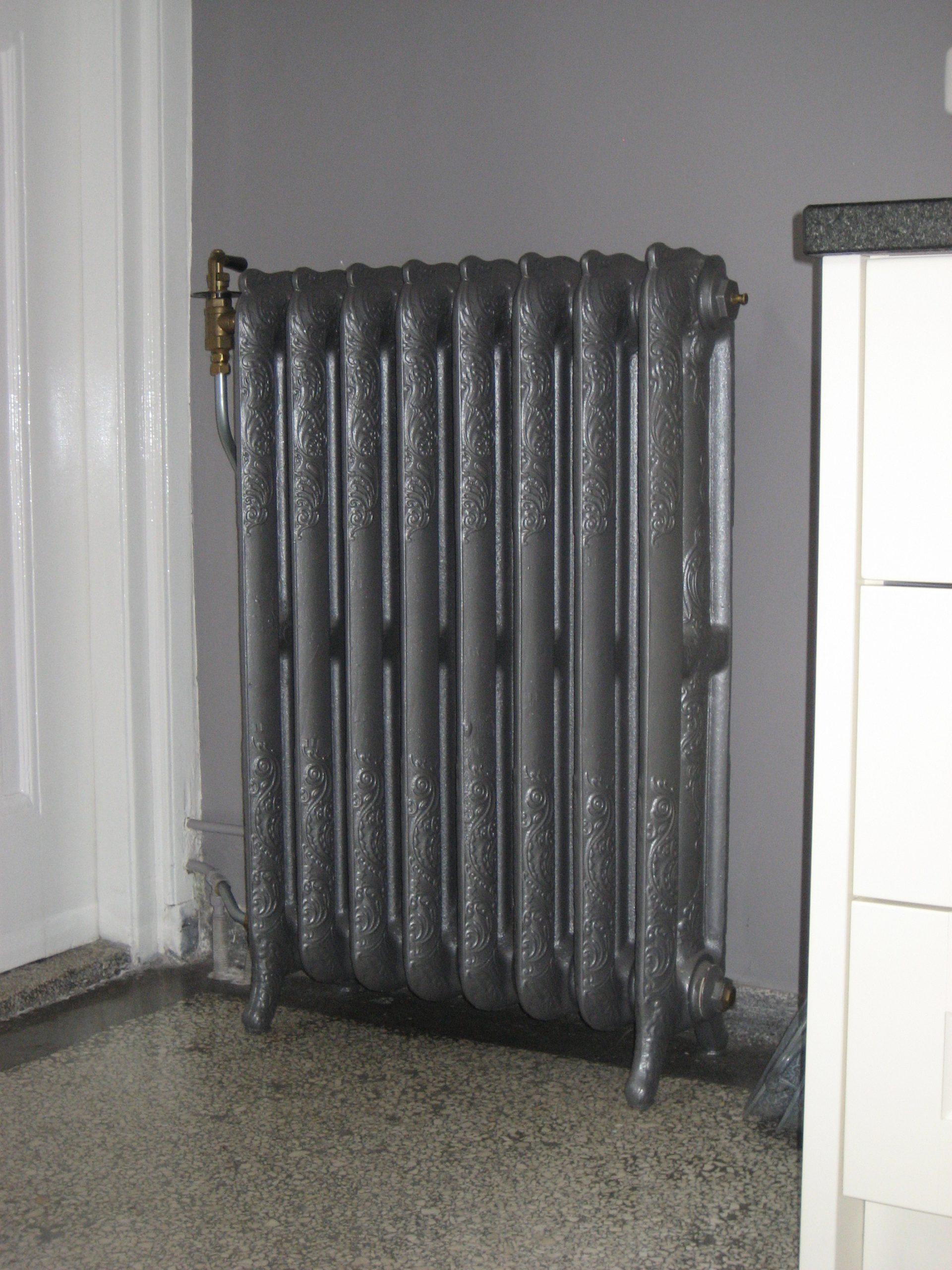 geplaatste gietijzeren radiator 3 b