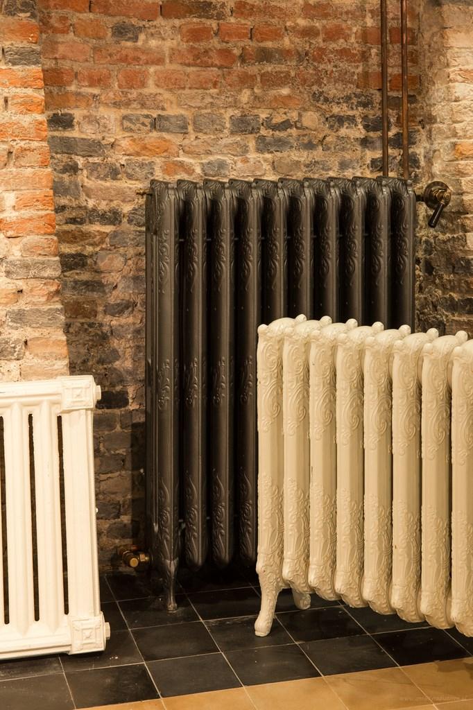 geplaatste gietijzeren radiator 73