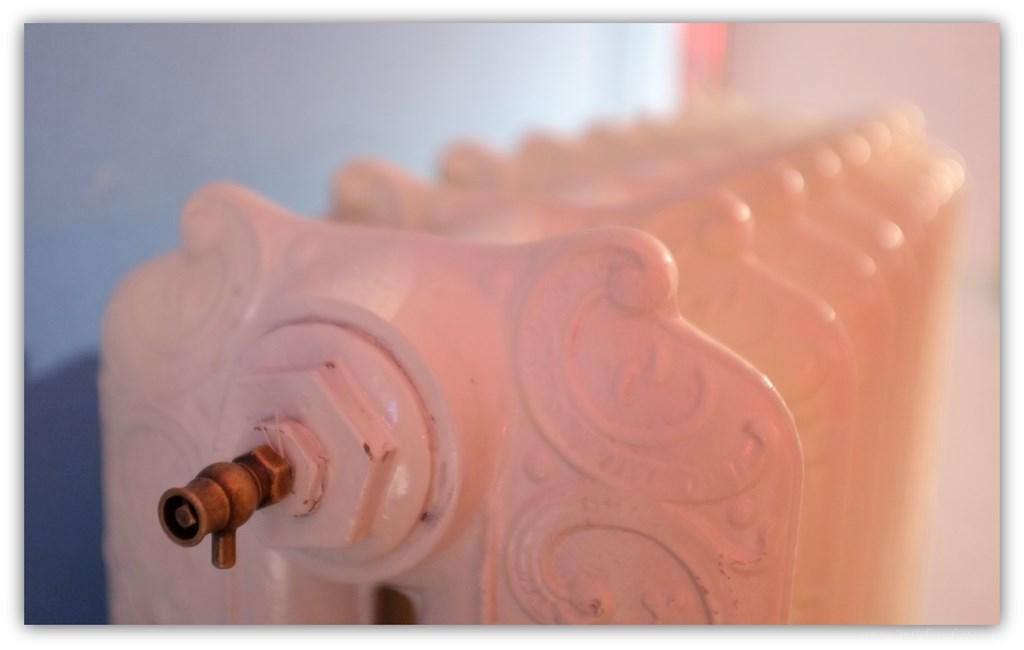 geplaatste gietijzeren radiator 82