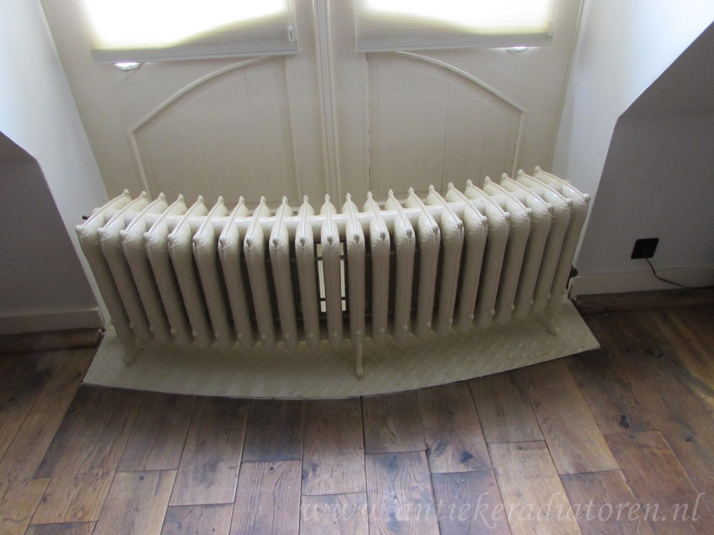 geplaatste gietijzeren radiator 94 a