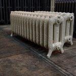 oude bewerkte radiator 15