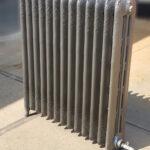 oude bewerkte radiator 22