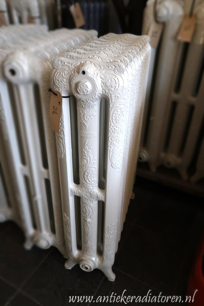 oude bewerkte radiator 26 a