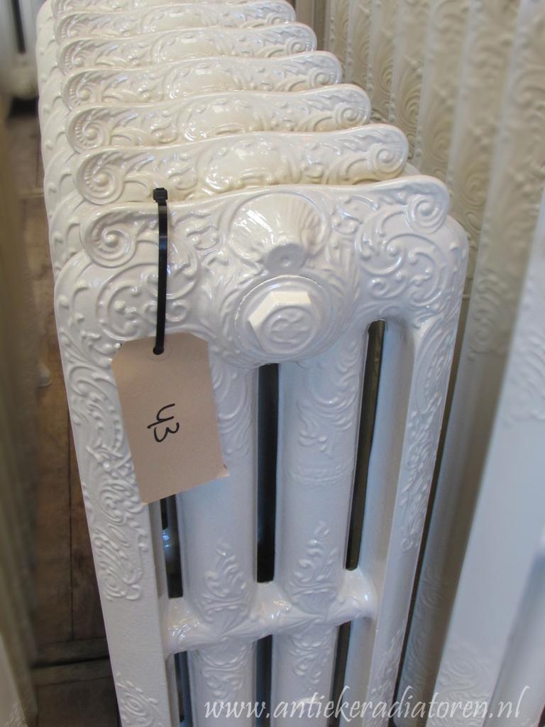 oude bewerkte radiator 43 b