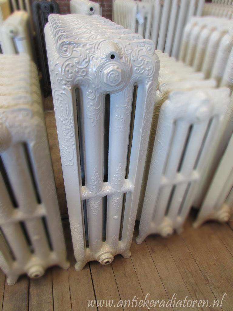 oude bewerkte radiator 5 c