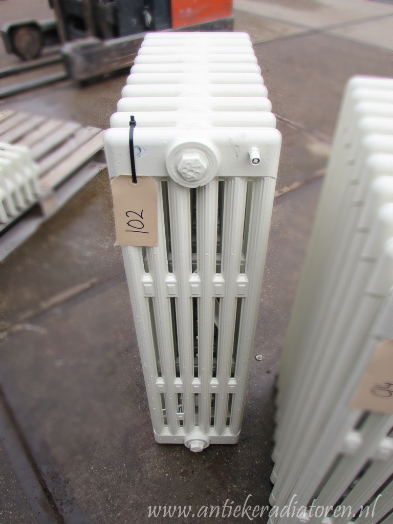 spijl radiator 102