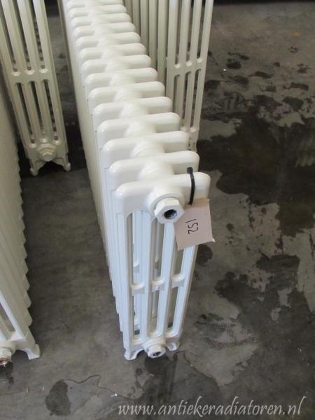 Klassieke oude leden radiatoren