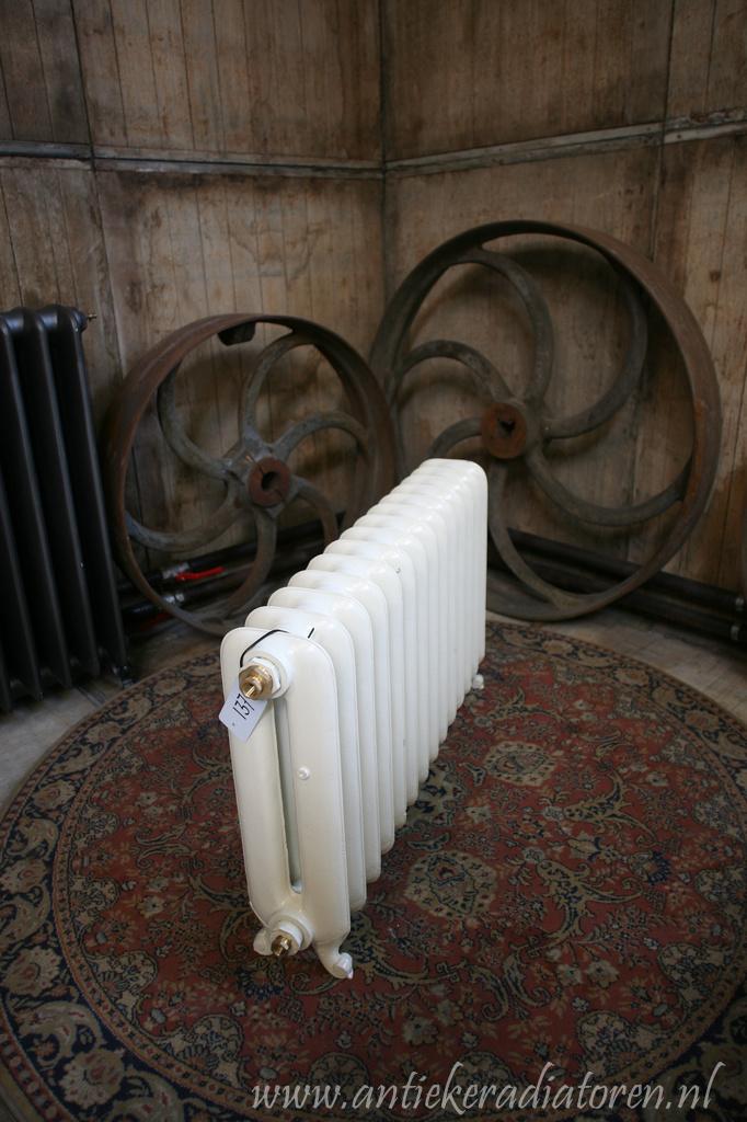 strakke radiator 137 d