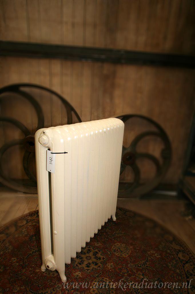 strakke radiator 142