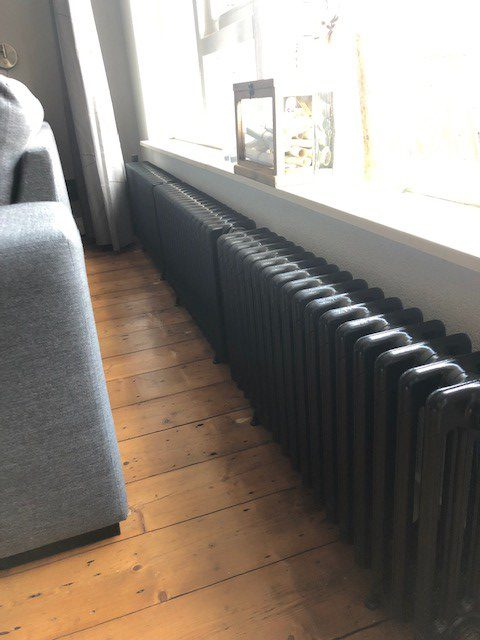 geplaatste gietijzeren radiator 114 a