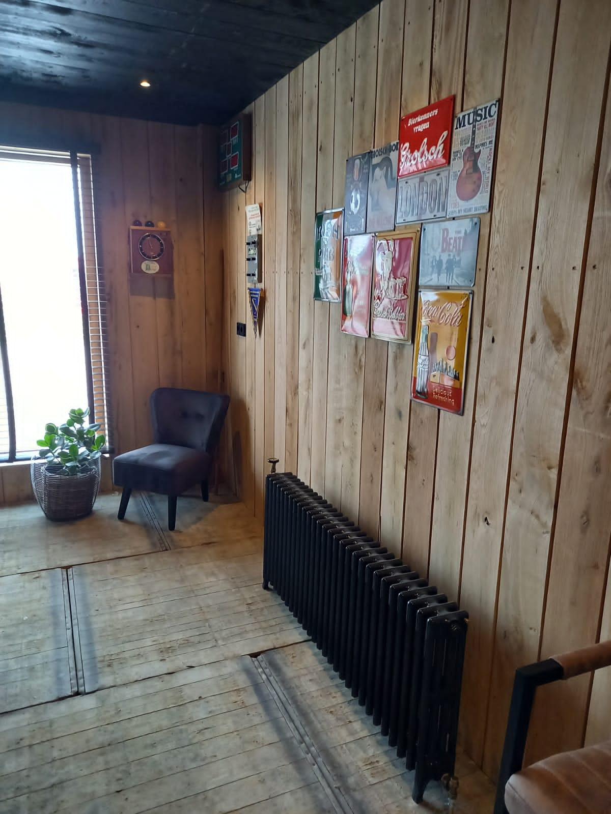geplaatste gietijzeren radiator 95