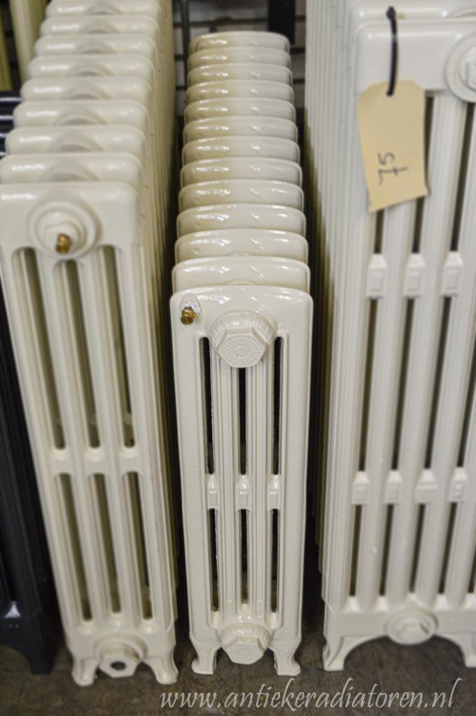 spijl radiator 130