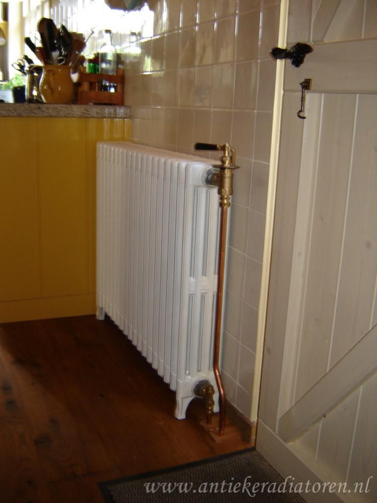 geplaatste gietijzeren radiator 11 a