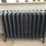 geplaatste gietijzeren radiator 131 b