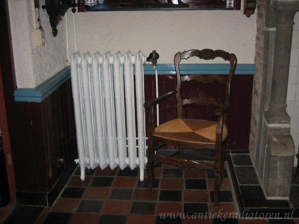 geplaatste gietijzeren radiator 43