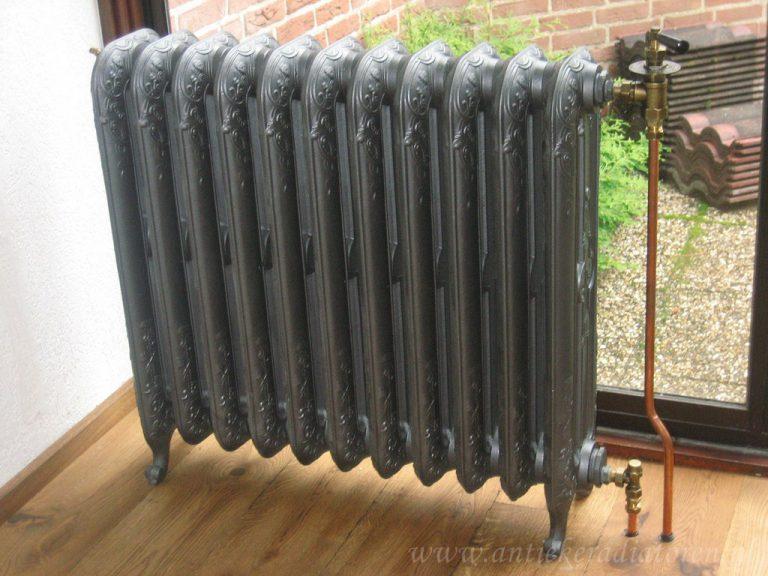 geplaatste gietijzeren radiator 53