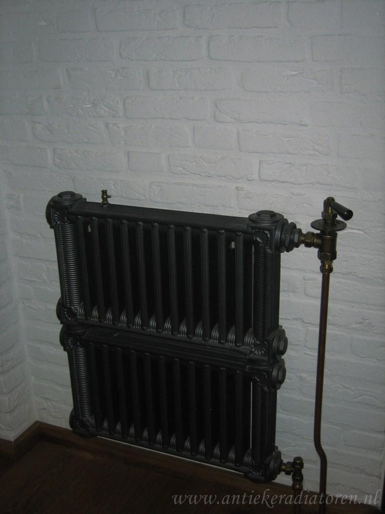geplaatste gietijzeren radiator 54 a