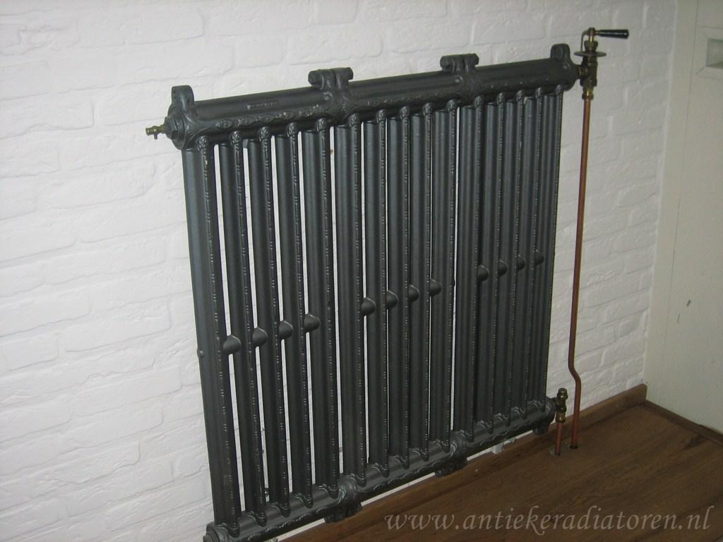 geplaatste gietijzeren radiator 59 b
