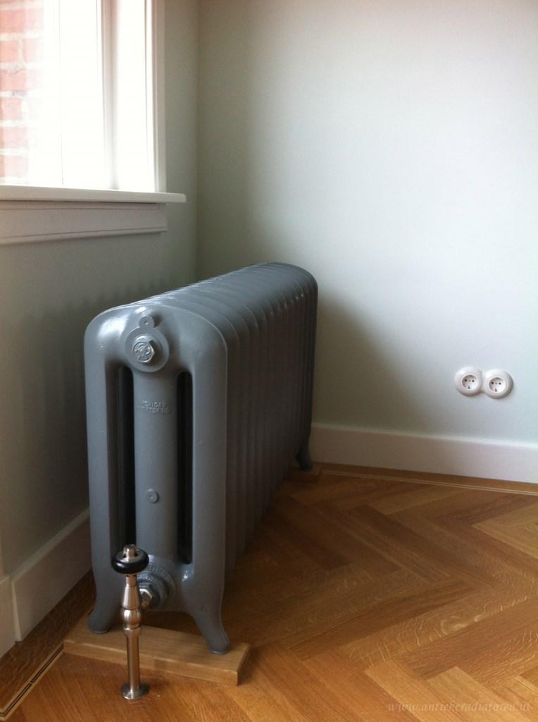 geplaatste gietijzeren radiator 72 a